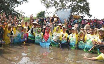 Bupati Serang, Hj.Ratu tatu Chasanah Turut Serta Dalam AcaraTradisi Nguras Dano