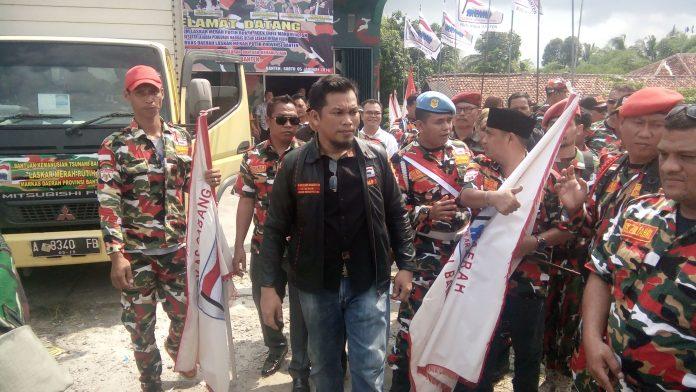 Kedatangan Ketua Umum LMP H. Adek Erfil Manurung, SH di Markas Daerah Prov.Banten - Cikande Serang